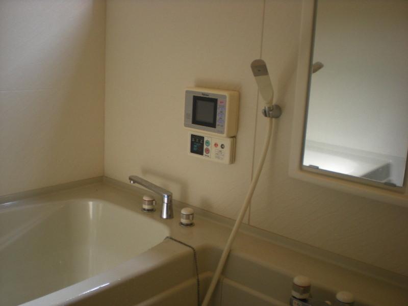 堺市堺区にてお風呂掃除