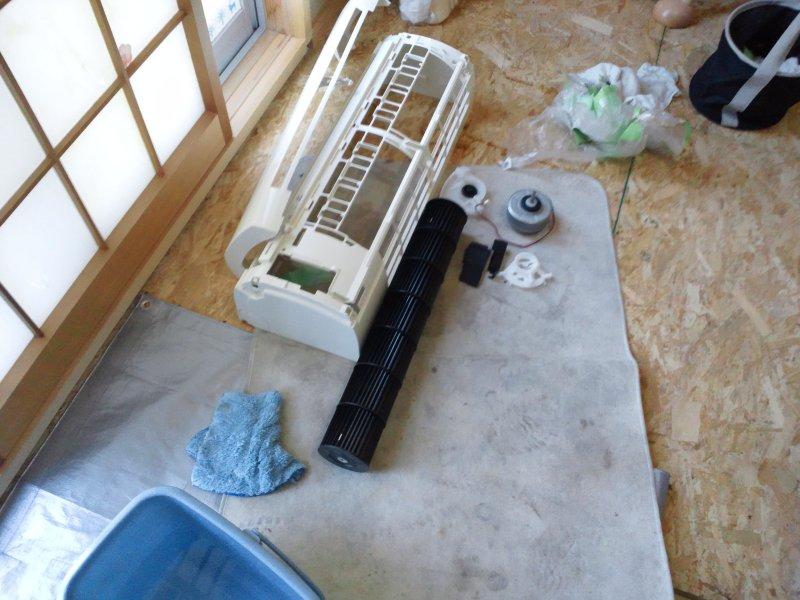 和泉市にて、改修工事後の清掃とおまけのエアコンクリーニング