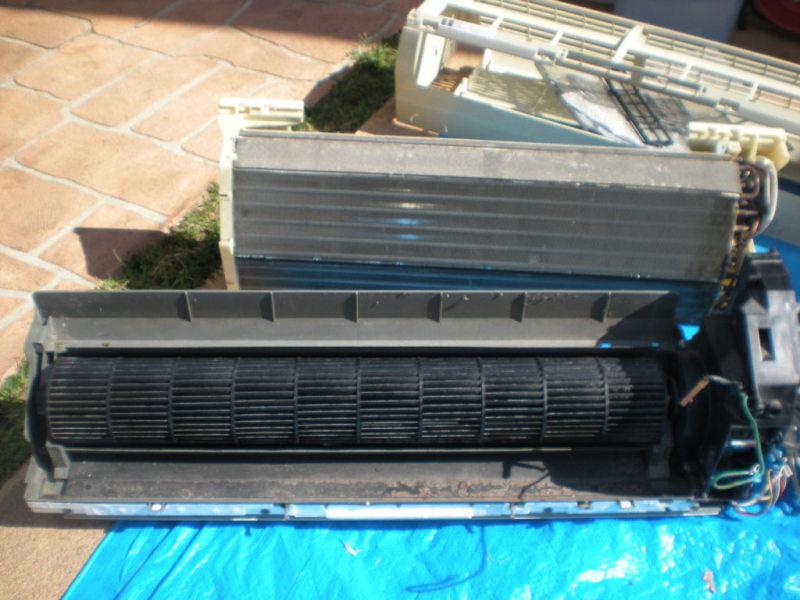 シャープ・富士通・ダイキンのエアコン持ち込み完全分解洗浄