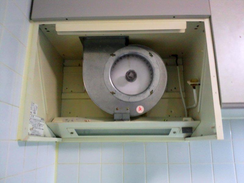 柏原市でキッチン換気扇清掃