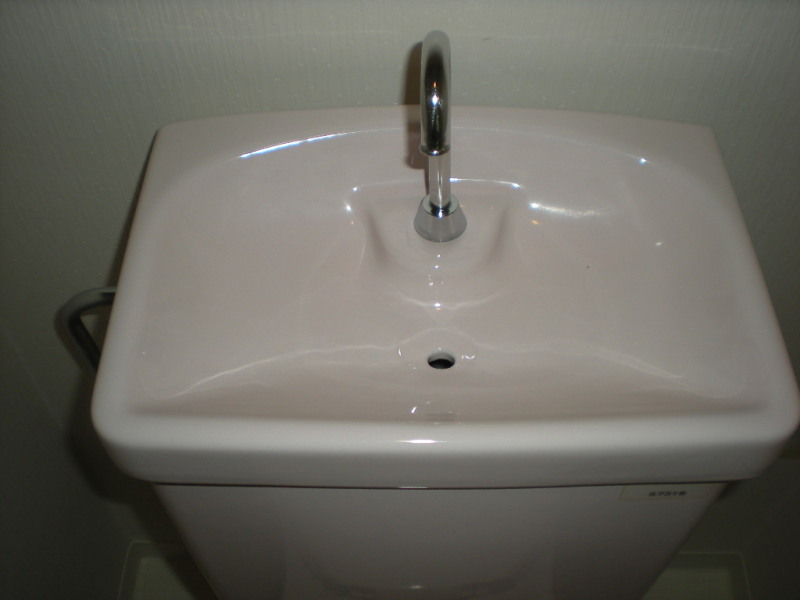 大阪市北区でお風呂とトイレのクリーニング