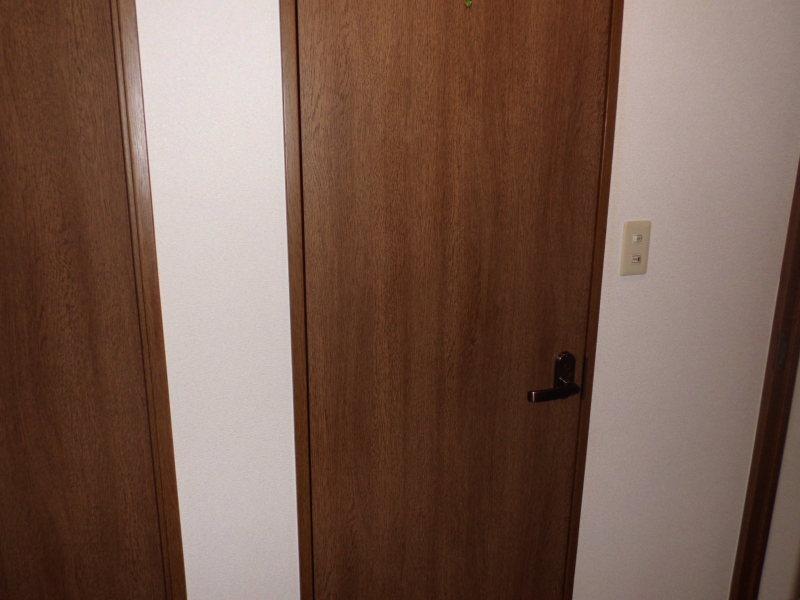 汚れたドア