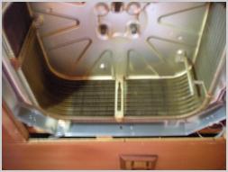 ダイキン 業務用天井カセットエアコン洗浄前 クリーン・サービス・ツジイ|エアコン内部の気になる汚れを徹底洗浄
